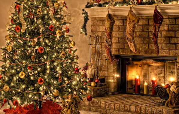 fireplace-christmas-tree-gifts-favim-com-486602